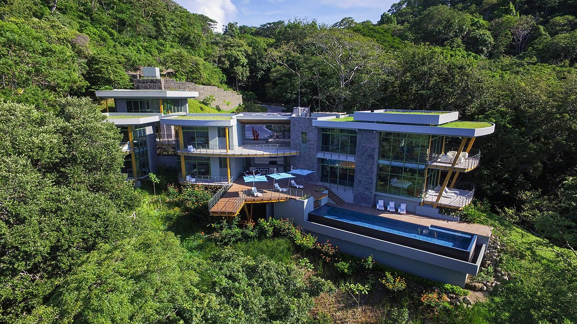 Tropical Modern Luxury Home in Costa Rica